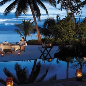 Luxury Maldives Holiday Packages Shangri La's Villingili Resort And Spa Dine By Design In Villa Barbeque With Couple