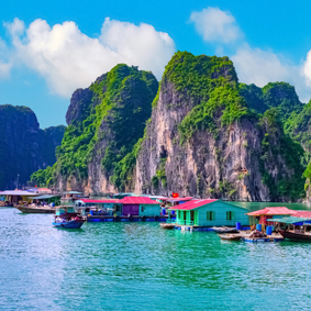 One day in Halong Bay thumbnail