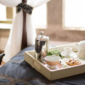 breakfast in bed - Giraffe Manor - Luxury Kenyan Honeymoon Packages