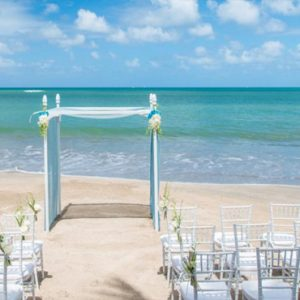 Luxury St Lucia Holiday Packages St Lucia Weddings Wedding Beach Setup1
