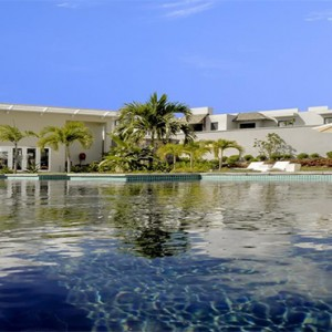 Radisson Blu Azuri Resort and Spa - Luxury Mauritius Holiday Packages - Pool