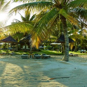 beach 2 - lux le morne mauritius - luxury mauritius holiday packages