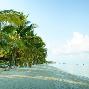 beach 4 - lux le morne mauritius - luxury mauritius holiday packages
