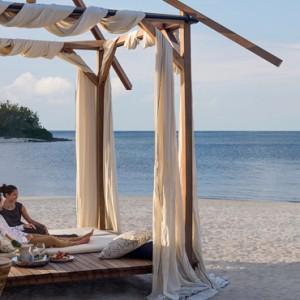 beach cabana - Shangri La Le touessrock - Luxury Mauritius holidays