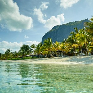 beach - lux le morne mauritius - luxury mauritius holiday packages