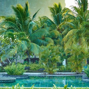 pool 2 - lux le morne mauritius - luxury mauritius holiday packages