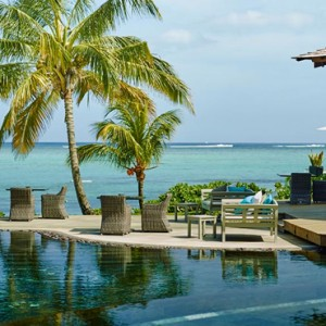 pool 4 - lux le morne mauritius - luxury mauritius holiday packages