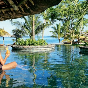 pool 5 - lux le morne mauritius - luxury mauritius holiday packages