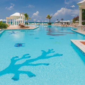luxury Bahamas holiday Packages Sandals Royal Bahamian Pool 2