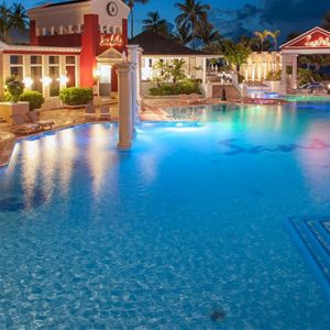 luxury Bahamas holiday Packages Sandals Royal Bahamian Pool 6