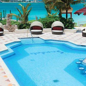 luxury Bahamas holiday Packages Sandals Royal Bahamian Pool Bar