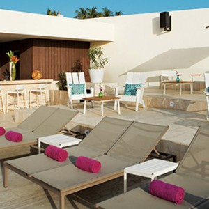Foam seaside bar - Breathless Cabos San Lucas - Luxury Mexico Holiday Packages