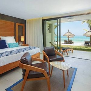 Luxury Mauritius Holiday Packages Paradis Beachcomber Golf Resort And Spa Beachfront Suite Paradis Beachcomber Golf Resort And Spa Luxury Luxury Mauritius Holidays
