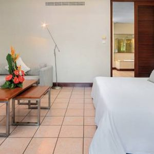 Luxury Mauritius Holiday Packages Paradis Beachcomber Golf Resort And Spa Deluxe Room