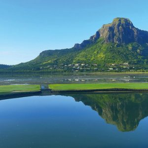 Luxury Mauritius Holiday Packages Paradis Beachcomber Golf Resort And Spa Golf 2