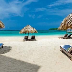 beach 3 - Sandals Royal Plantation - Luxury Jamaica all inclusive holidays