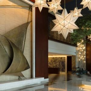 lobby - sofitel dubai jumeirah beach - luxury dubai holidays