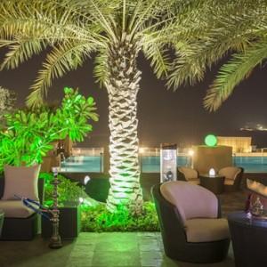 lounge 2 - sofitel dubai jumeirah beach - luxury dubai holidays