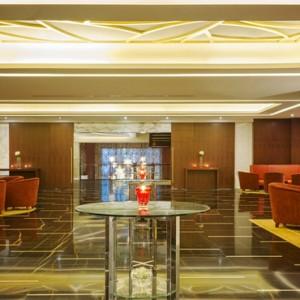 lounge 3 - sofitel dubai jumeirah beach - luxury dubai holidays