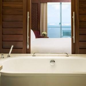 luxury club 3 - sofitel dubai jumeirah beach - luxury dubai holidays