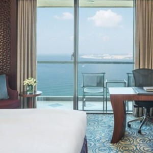 luxury room - sofitel dubai jumeirah beach - luxury dubai holidays