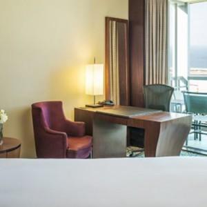 superior king room - sofitel dubai jumeirah beach - luxury dubai holidays