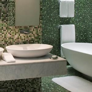 Marina Executive Suites 2 - yas viceroy abu dhabi - luxury abu dhabi holidays
