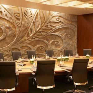 business 2 - sofitel the palm dubai - luxury dubai holiday packages