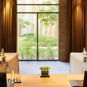 business - sofitel the palm dubai - luxury dubai holiday packages