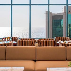 lounge - sofitel the palm dubai - luxury dubai holiday packages