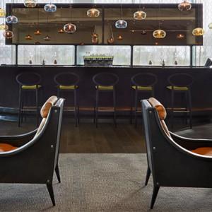 the yas lounge - yas viceroy abu dhabi - luxury abu dhabi holidays