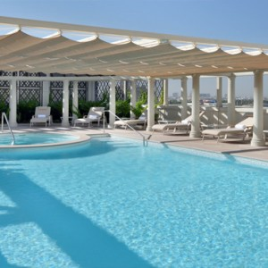 Palazzo Versace - Luxury Dubai Holiday packages - Imperial Suites pool