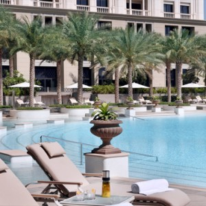 Palazzo Versace - Luxury Dubai Holiday packages - pool