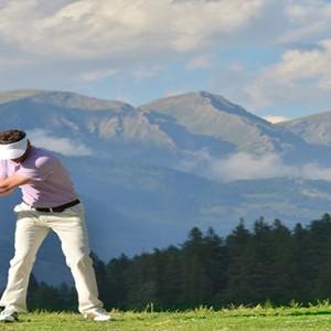 Pragelato Vialetta - Luxury Italy Holiday Packages - Golf