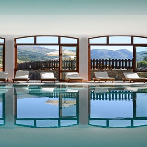 Pragelato Vialetta - Luxury Italy Holiday Packages - Interior pool