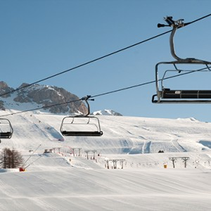 Pragelato Vialetta - Luxury Italy Holiday Packages - ski cables