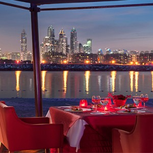 Rixos The Palm Dubai - Luxury Dubai holiday Packages - dining with a view