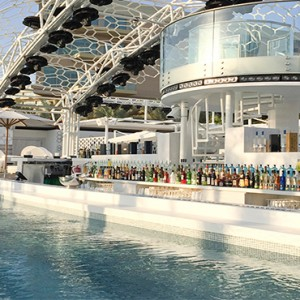 Rixos The Palm Dubai - Luxury Dubai holiday Packages - pool bar