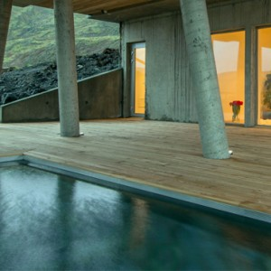 pool 2- ion luxury adventure hotel - luxury iceland holiday packages