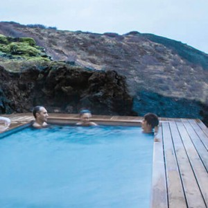 pool 4- ion luxury adventure hotel - luxury iceland holiday packages
