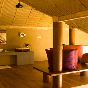 Jetwing Vil Uyana - Luxury Sri Lanka Holiday Packages - Forest Dwelling bathroom