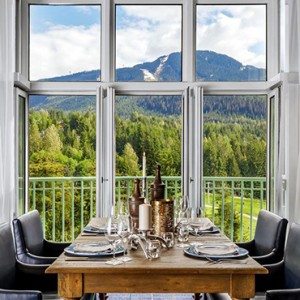 dining 10 - fairmont chateau whistler - luxury canada holiday packages