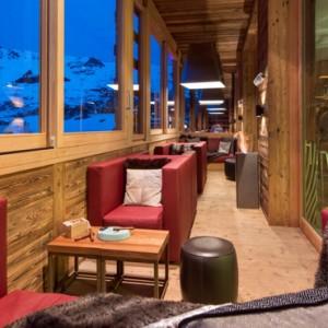cigar lounge - w verbier - luxury ski resorts