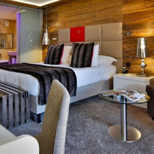 double room - Koh i Nor Hotel - luxury canada holiday packages