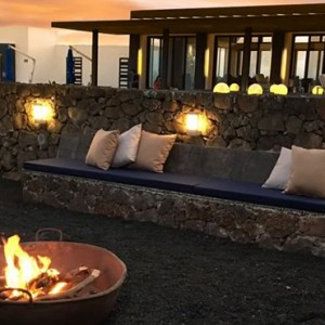 firepit - Pikaia Lodge Galapagos - Luxury Galapagos Holiday Packages