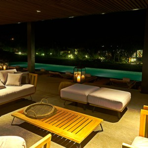lounge - Sol y Luna Lodge and Spa - luxury peru holiday packages