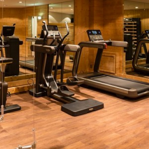gym - Koh i Nor Hotel - luxury canada holiday packages