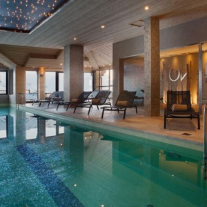 indoor pool 2 - Koh i Nor Hotel - luxury canada holiday packages