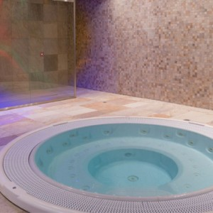 spa 2 - Koh i Nor Hotel - luxury canada holiday packages