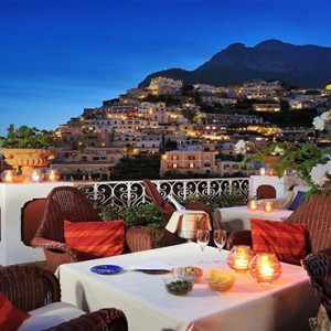 Le Sirenuse - Luxury Italy holiday Packages - dining with a view